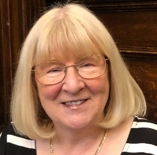 District Councillor Maureen Cummings
